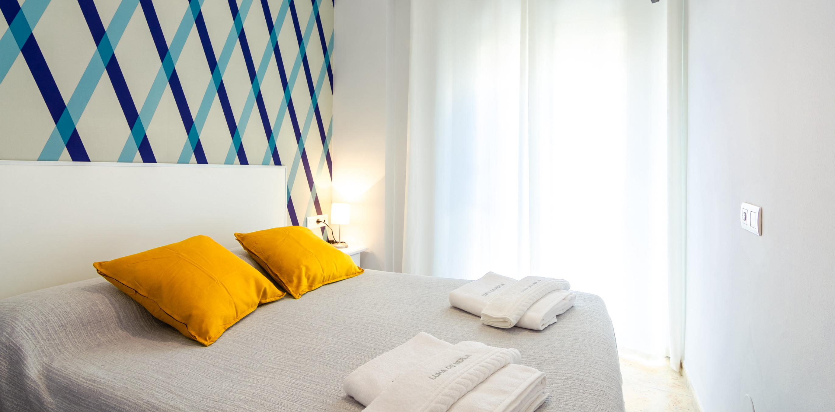 beach private room nerja